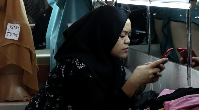 Muslim shopkeeper